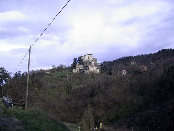 Castello_Casleggio_Boiro
