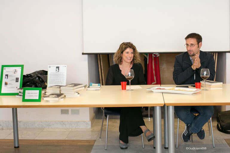La scrittrice Elena Rausa insieme al giornalista Saul Stucchi