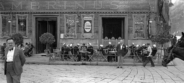 Lo storico Caffè Gambrinus a Napoli