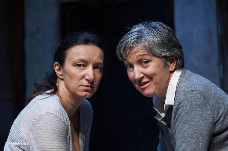 Arianna Scommegna e Maria Paiato nello spettacolo Due donne che ballano