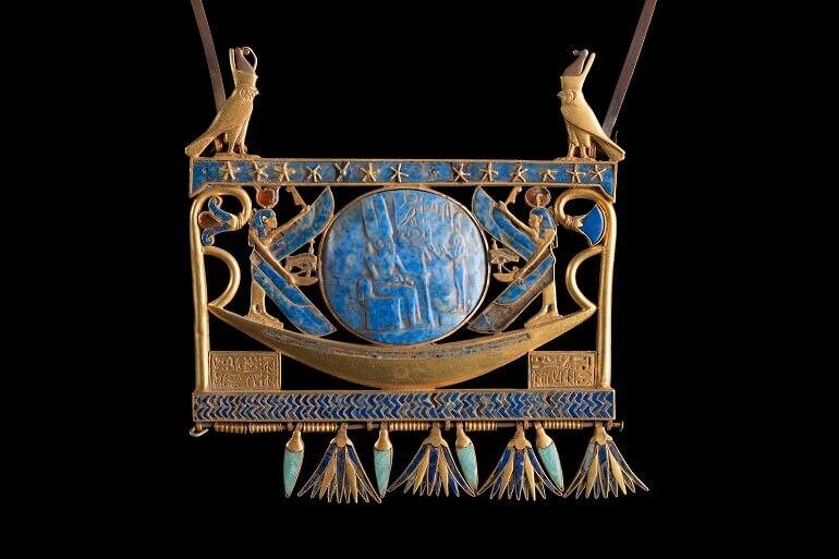 Pettorale della XXII dinastia, rinvenuto a Tanis nella tomba del faraone Sheshonq II