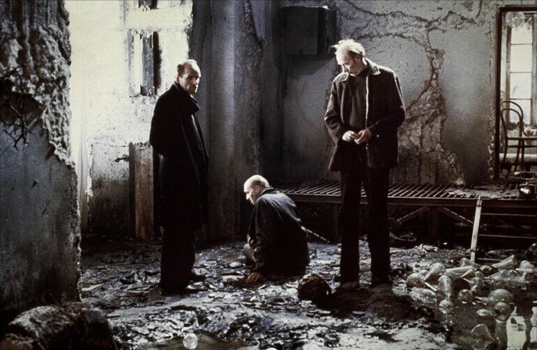 Una scena del film Stalker di Tarkovskij