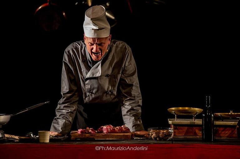 """Luca Radaelli nello spettacolo """"Macbeth Banquet"""""""
