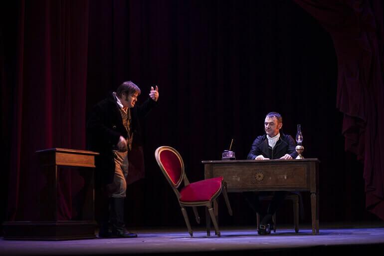 Giuseppe Battiston come Danton e Paolo Pierobon come Robespierre
