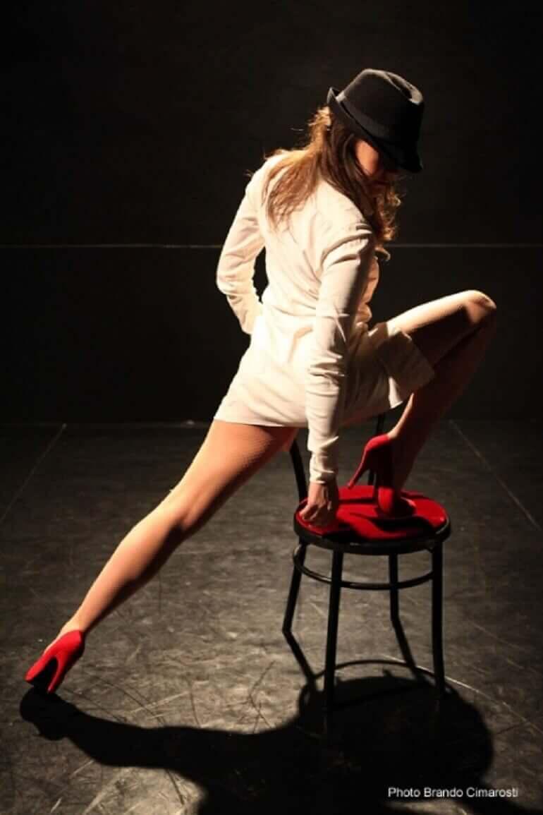 Greta Zamparini nello spettacolo Temporaneamente tua