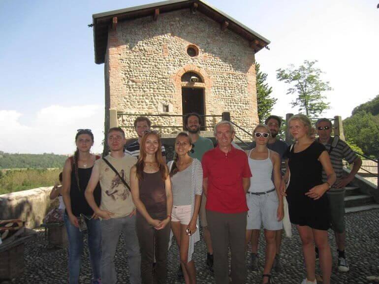 Fiorenzo Mandelli ha guidato una visita culturale internazionale al Santuario della Rocchetta