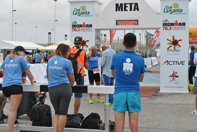 il traguardo della manifestazione sportiva Ironman 2017 a Lanzarote
