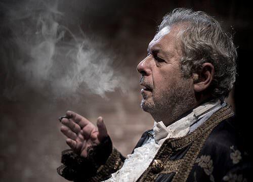 """Renato Mannheimer nello spettacolo """"Il sondaggista"""". Foto di Alessandro Saletta"""