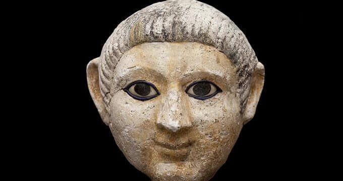 """maschera funeraria del Fayum esposta alla mostra """"Milano in Egitto"""" al Museo Archeologico di Milano"""