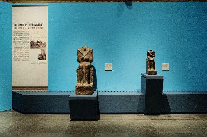 Le statue di Tuthmosi III e Amenofi II in mostra al MUDEC di Milano