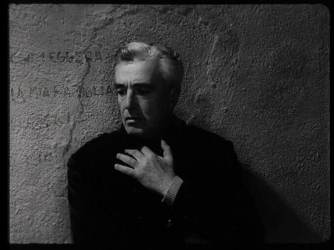 """Vittorio De Sica nel film """"Il generale Della Rovere"""" di Roberto Rossellini"""