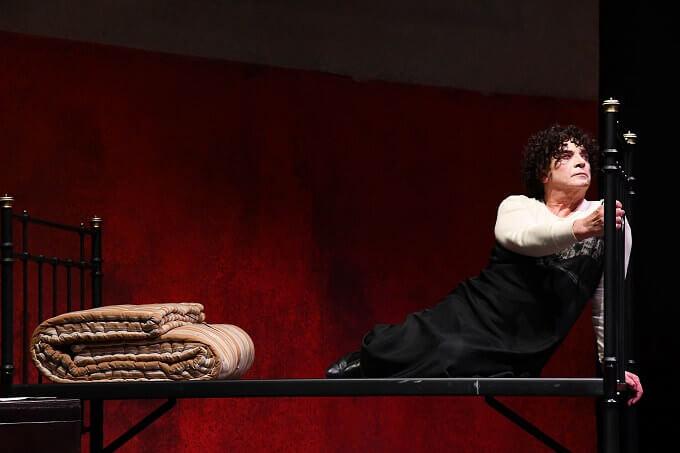"""Franco Branciaroli in """"Medea"""" - foto di Umberto Favretto"""