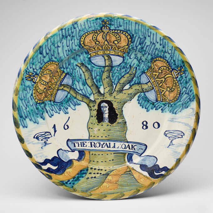The Royal Oak: piatto in maiolica