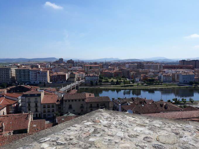 Il Ponte di Carlo III a Miranda de Ebro visto dal castello