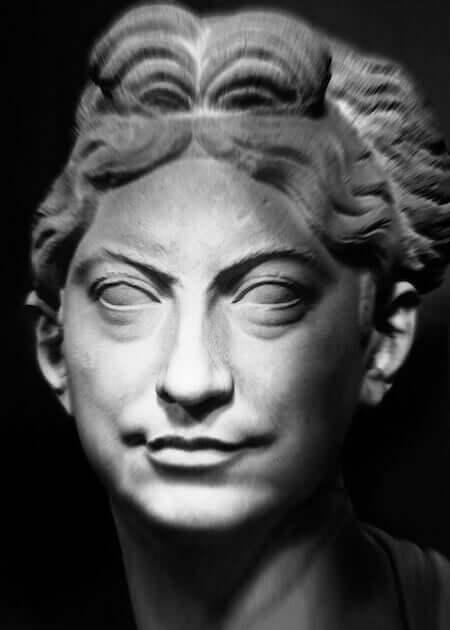 Mimmo Jodice, I volti della memoria, 2015.Museo Chiaramonti, Ritratto femminile. Foto Mimmo Jodice © Governatorato SCV - Direzione dei Musei