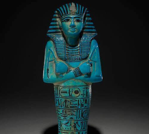 Ushabti del faraone Seti I Faience azzurra, c. 1294-1279 a. C. Tomba di Seti I, Valle dei Re, Tebe, Egitto © Trustees of the British Museum