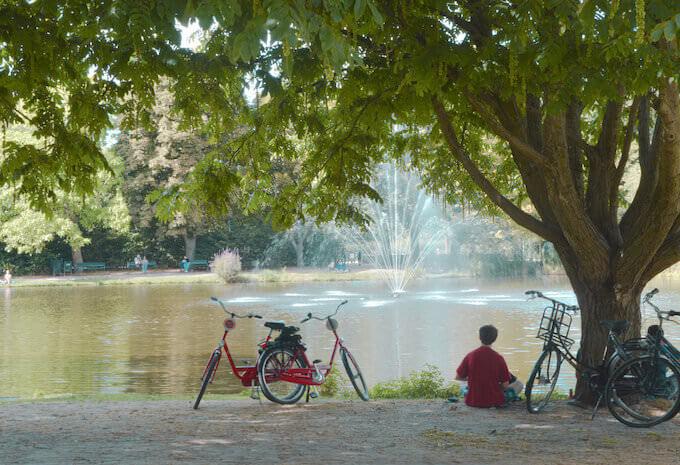 Giochi d'acqua in un parco di Amsterdam