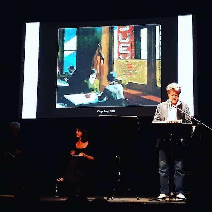 """Elisabetta Vergani e Giorgio Melazzi leggono brani di """"Silenzi e stanze"""" di Michele Mozzati al Teatro Franco Parenti di Milano"""