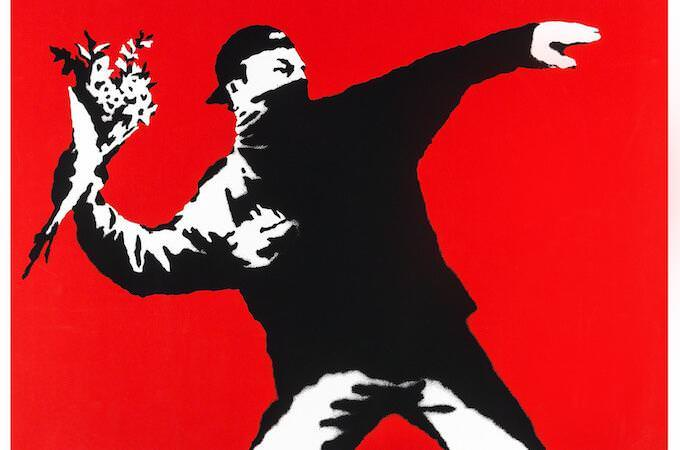 Banksy, Love Is In the Air (Flower Thrower), 2003. Credito fotografico: Butterfly Art News Collection