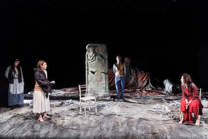 """Una scena di """"Antigone"""" di Sofocle per la regia di Gigi Dall'Aglio"""