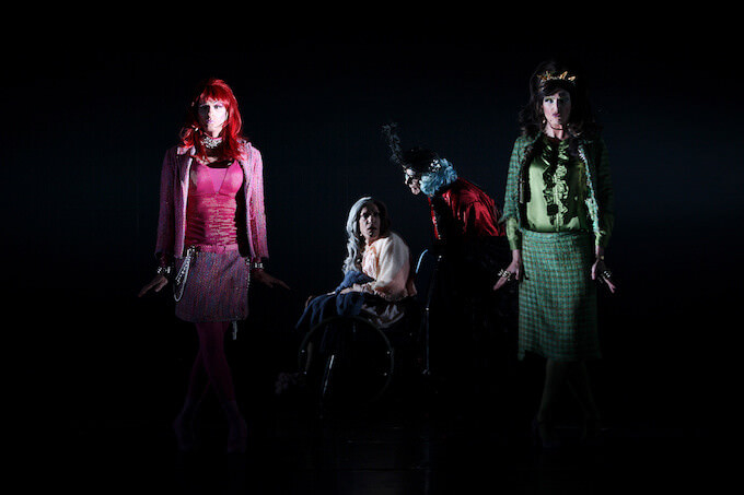 """Queen Lear"" della compagnia Nina's Drag Queens"