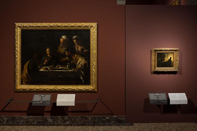 Cena in Emmaus: ottavo dialogo alla Pinacoteca di Brera. Caravaggio dialoga con Rembrandt