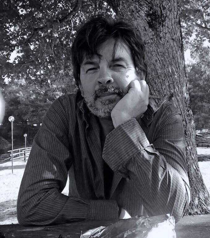 Michele Lupo, scrittore, musicista e insegnante