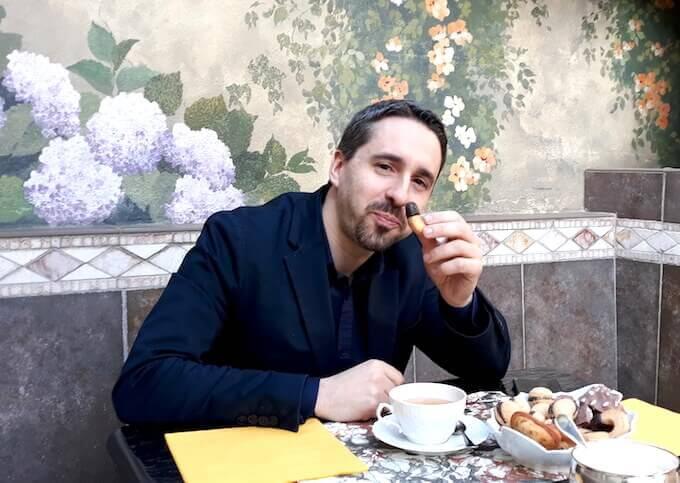 Alberto Oliva intervistato da Saul Stucchi per ALIBI Online