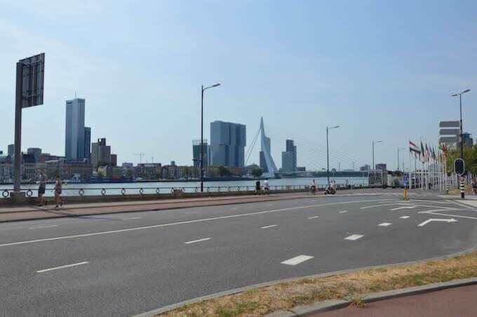 Il ponte Erasmus di Rotterdam in Olanda