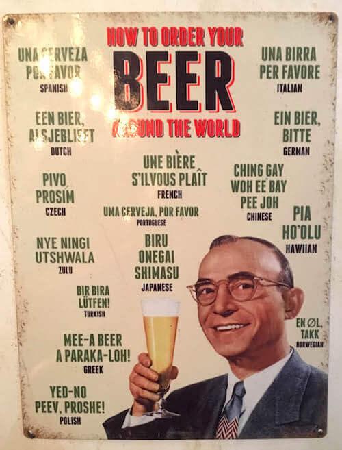 La réclame di una birra in una birreria olandese