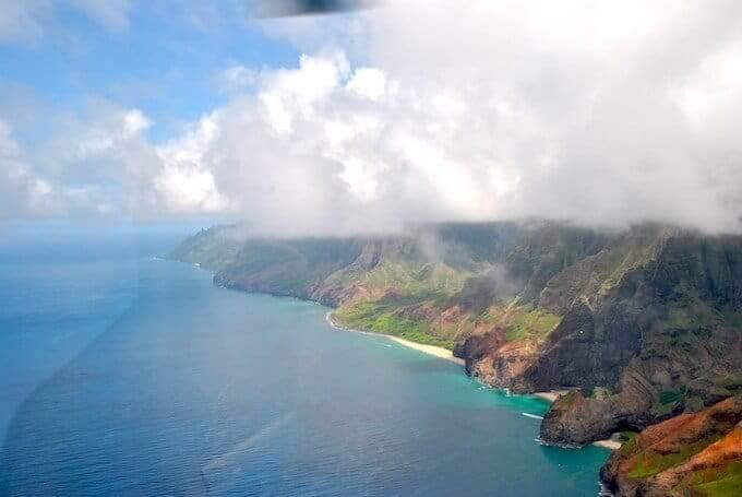 Uno scorcio delle Hawaii dal finestrino