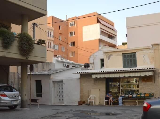 Creta: un negozio di ortofrutta a Iraklio