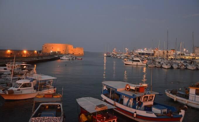 Crepuscolo al porto di Iraklio, Creta