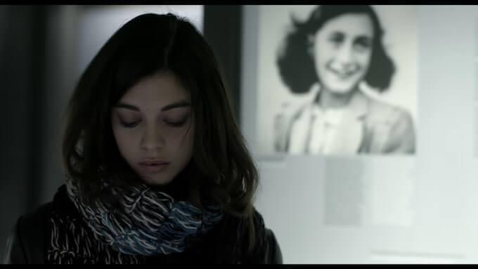 """Martina Gatti nel film """"Anne Frank. Vite parallele"""""""