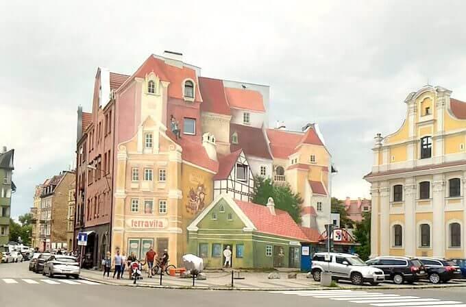 Poznań: il murale 3D di via Śródka