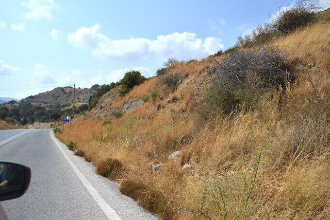 Al bivio per Platanes (Creta)