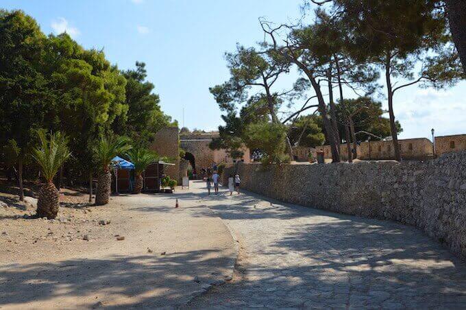 Il muro di cinta della Fortezza veneziana di Rethimno