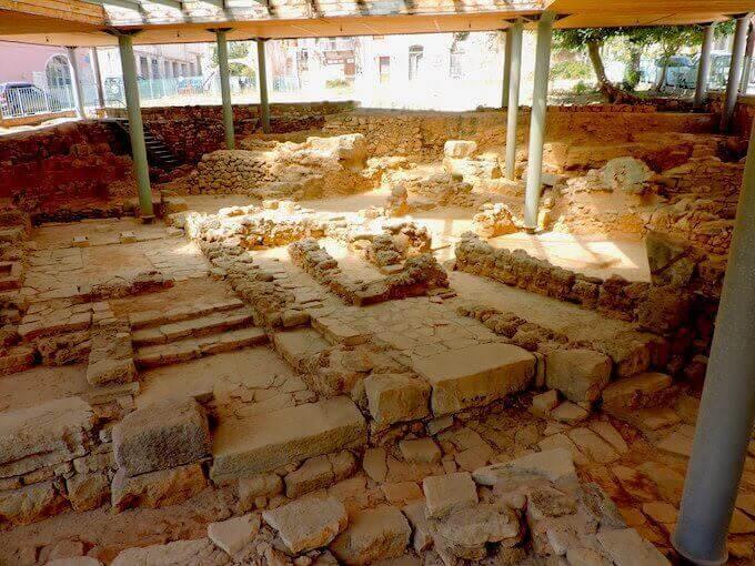 Le rovine di Chidonia a Chania, sull'isola di Creta