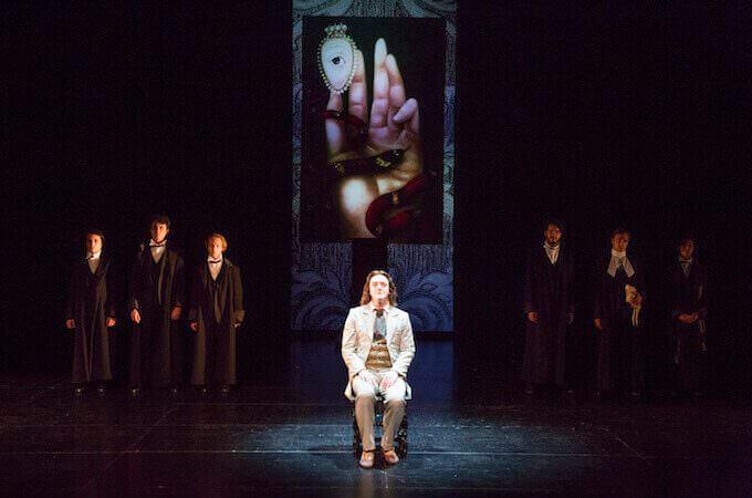 """Giovanni Franzoni in """"Atti osceni. I tre processi di Oscar Wilde"""""""