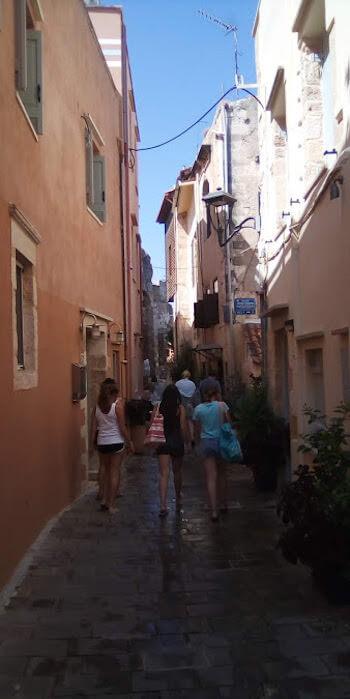 Il vicoletto Gerasimou a Chania (Creta)