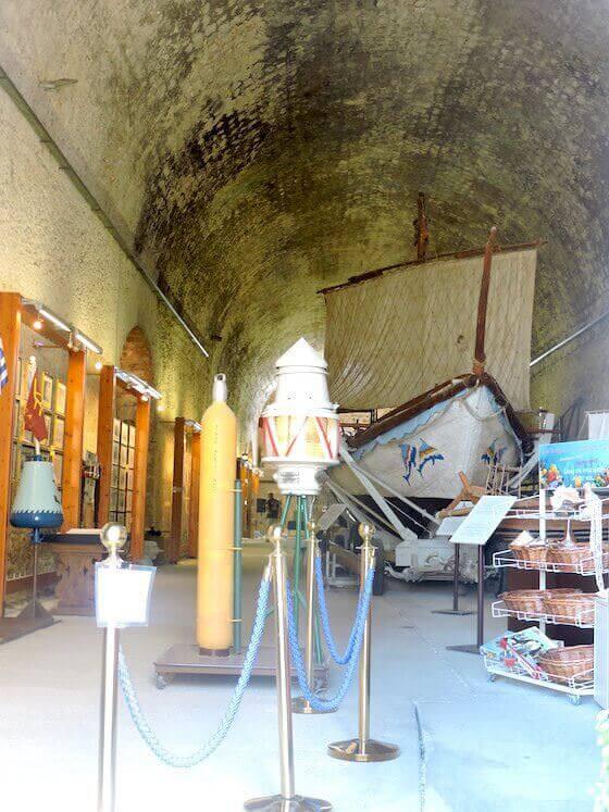 La nave minoica del Museo Marittimo di Creta
