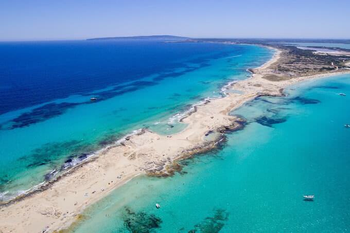 Spiagge di Formentera viste dal drone