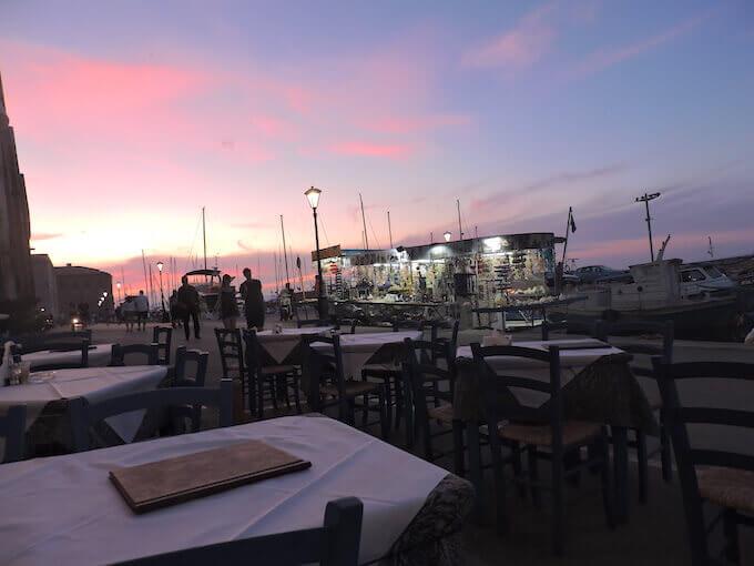 Chania (Creta): il tramonto dalla Taverna Basilikòs