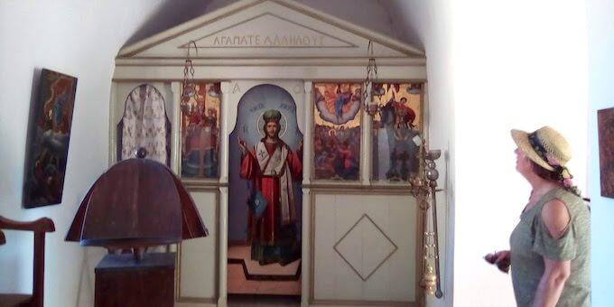 Spinalonga: l'interno della cappelletta di San Giorgio