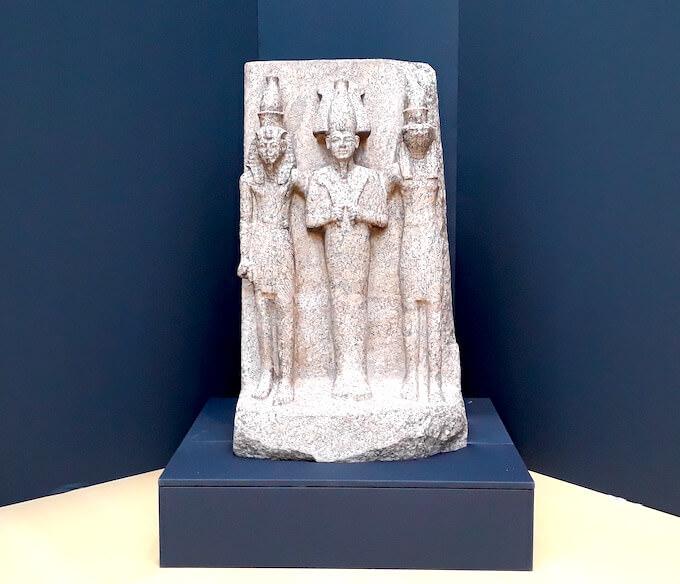 Triade di Horo, Osiride e faraone