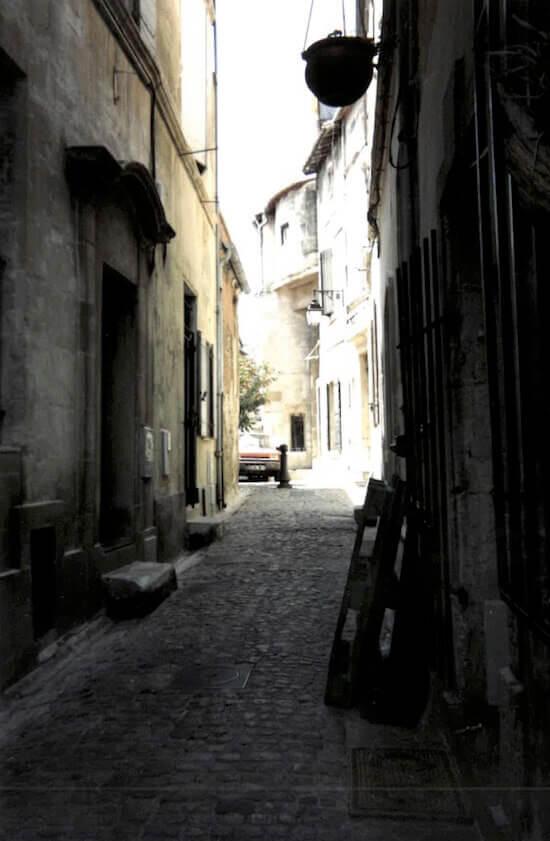 Arles: Rue des Arènes
