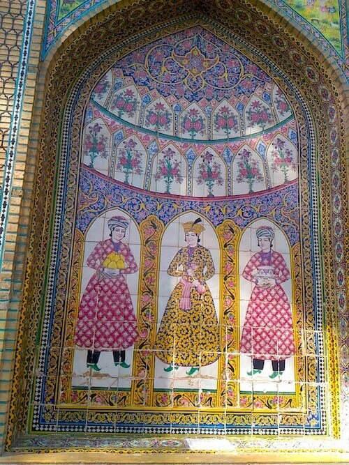 Narenjestan: piastrelle decorative