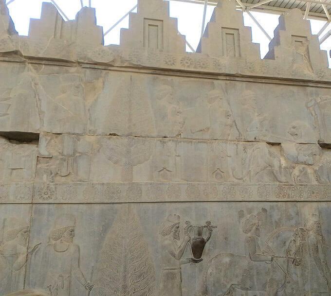 La grande scalinata a Persepoli