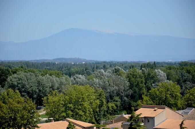 - Guardando verso il Mont Ventoux