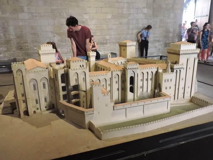 Modellini del Palazzo dei Papi di Avignone